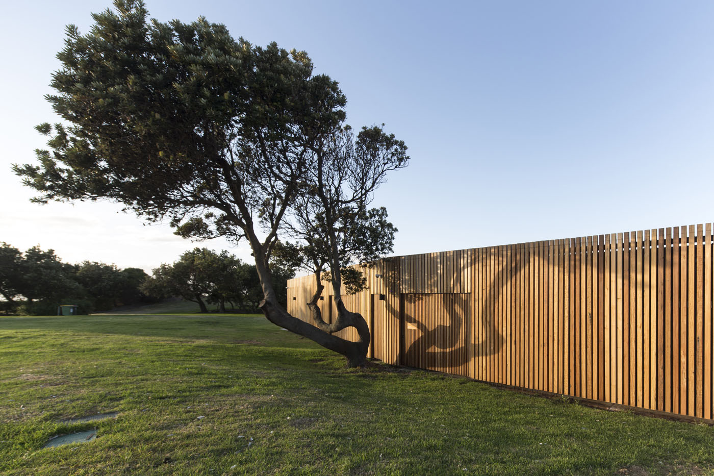 Marks Park Amenities by Sam Crawford Architects, view of a beutiful toilet block.