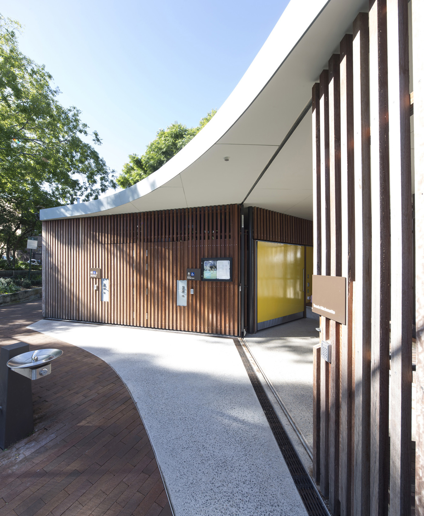 St James Park Amenities by Sam Crawford Architects, tennis court amenities in Glebe.