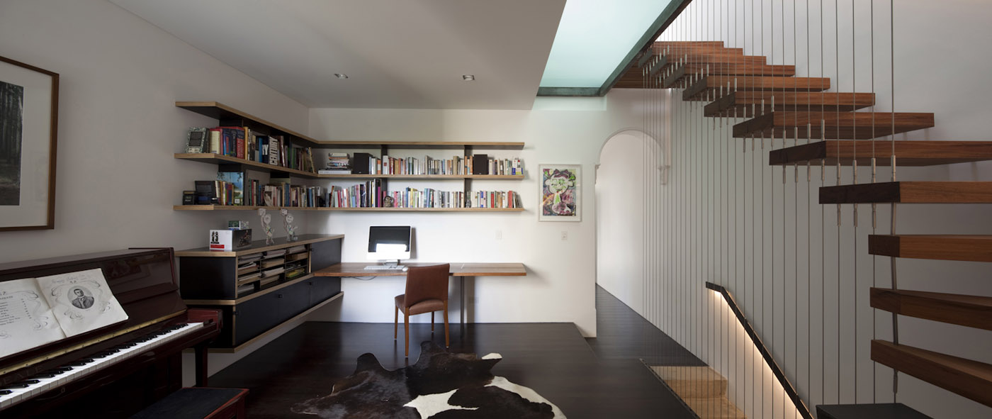 Newtown Terrace by award winning Sydney firm Sam Crawford Architects. Ambient work area