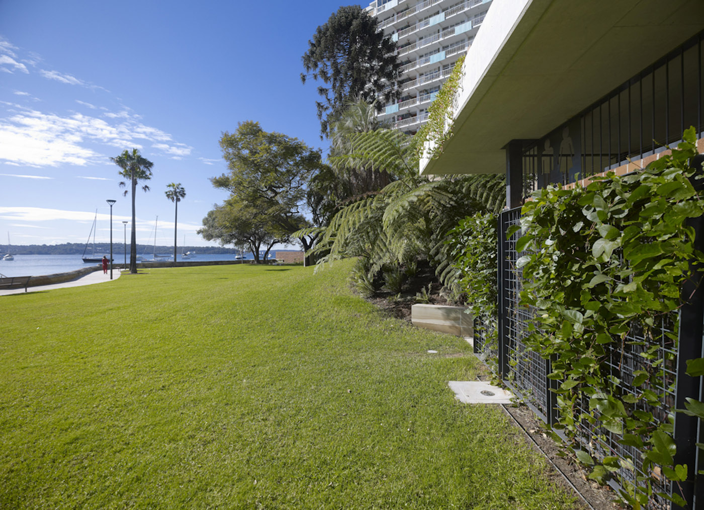 Beare Park Amenities by award winning Sydney public architecture firm Sam Crawford Architects. The facility looking out to the waterfront