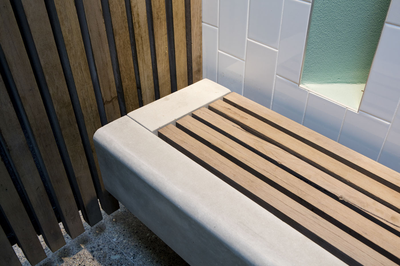 North Bondi Amenities, a public project by award winning Sam Crawford Architects. Timber and concrete seat detail.