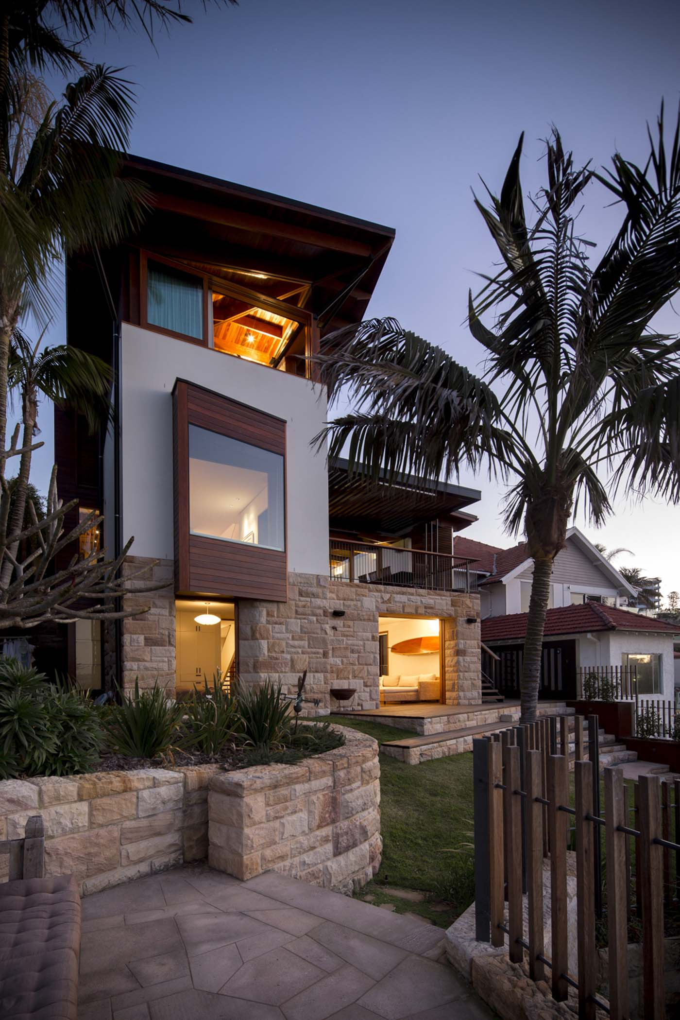The Bower by Sam Crawford Architects, elevation overlooking Cabbage Tree Bay