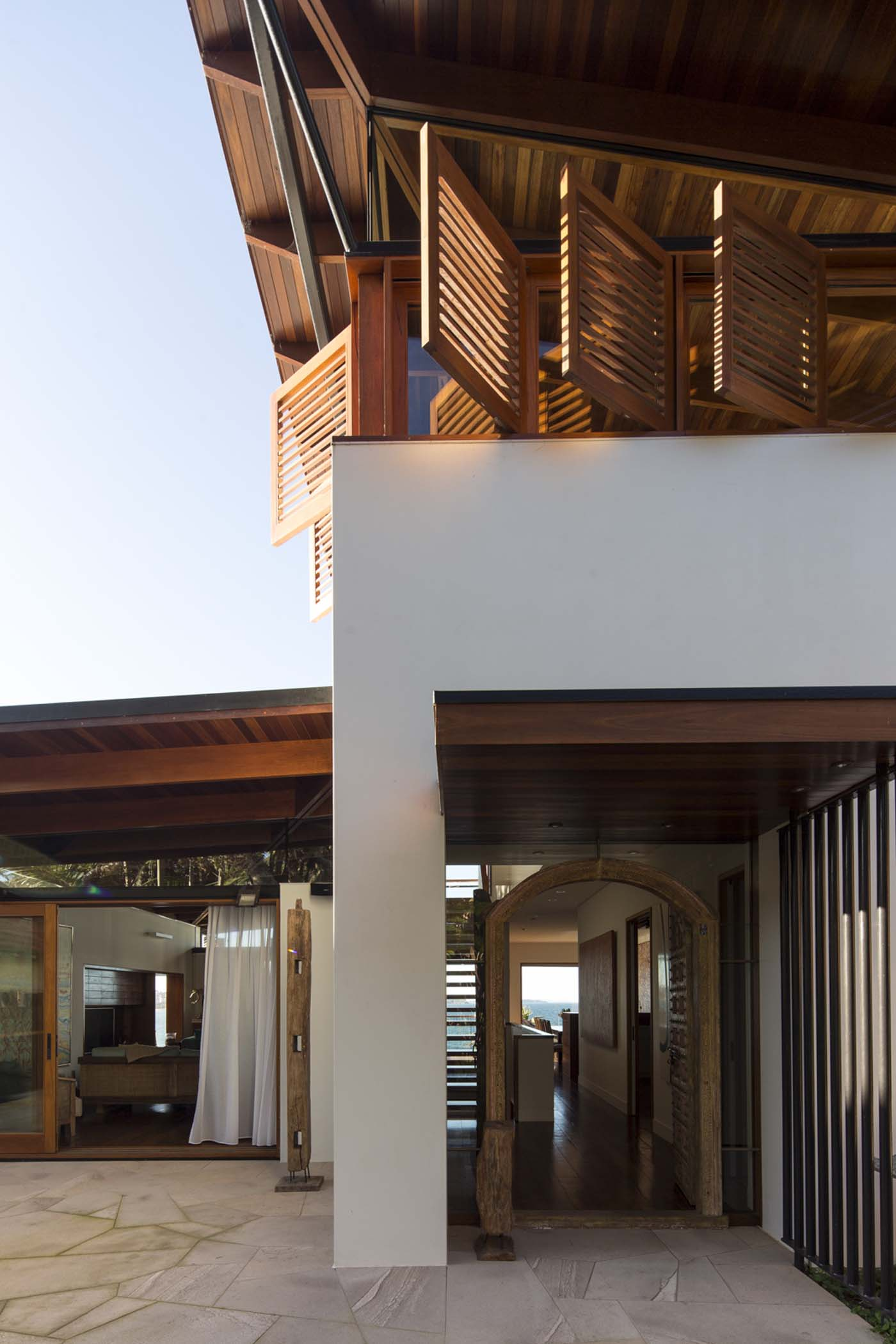 The Bower by Sam Crawford Architect, view out onto Cabbage Tree Bay