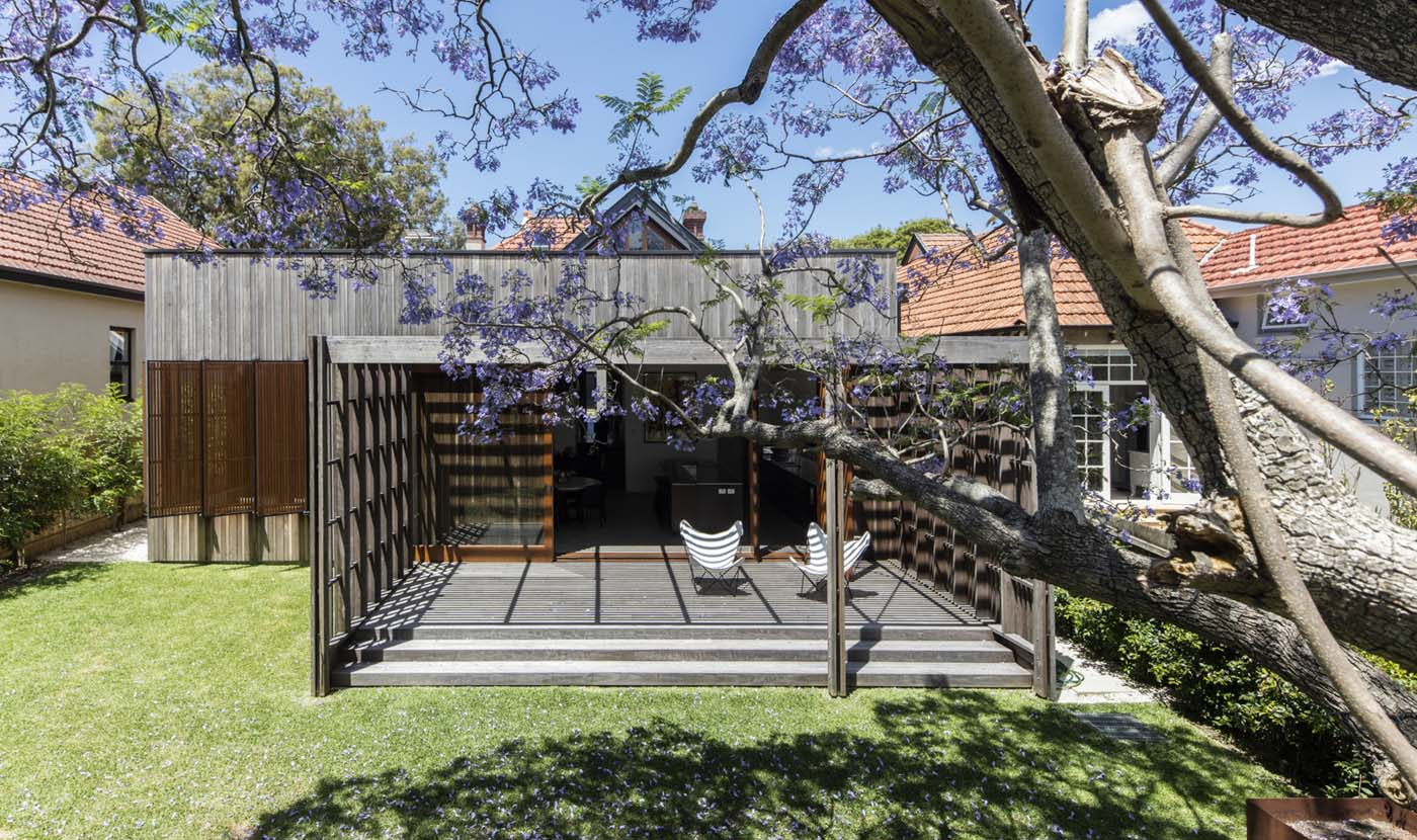 Sung Dobson house by Sam Crawford Architects, Sydney. Extension steps down to the garden.