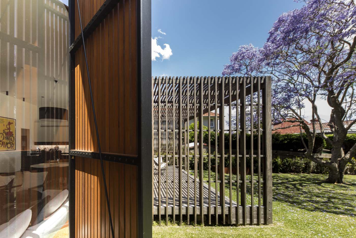 Sung Dobson house by Sam Crawford Architects, Sydney. Spotted gum pergola.