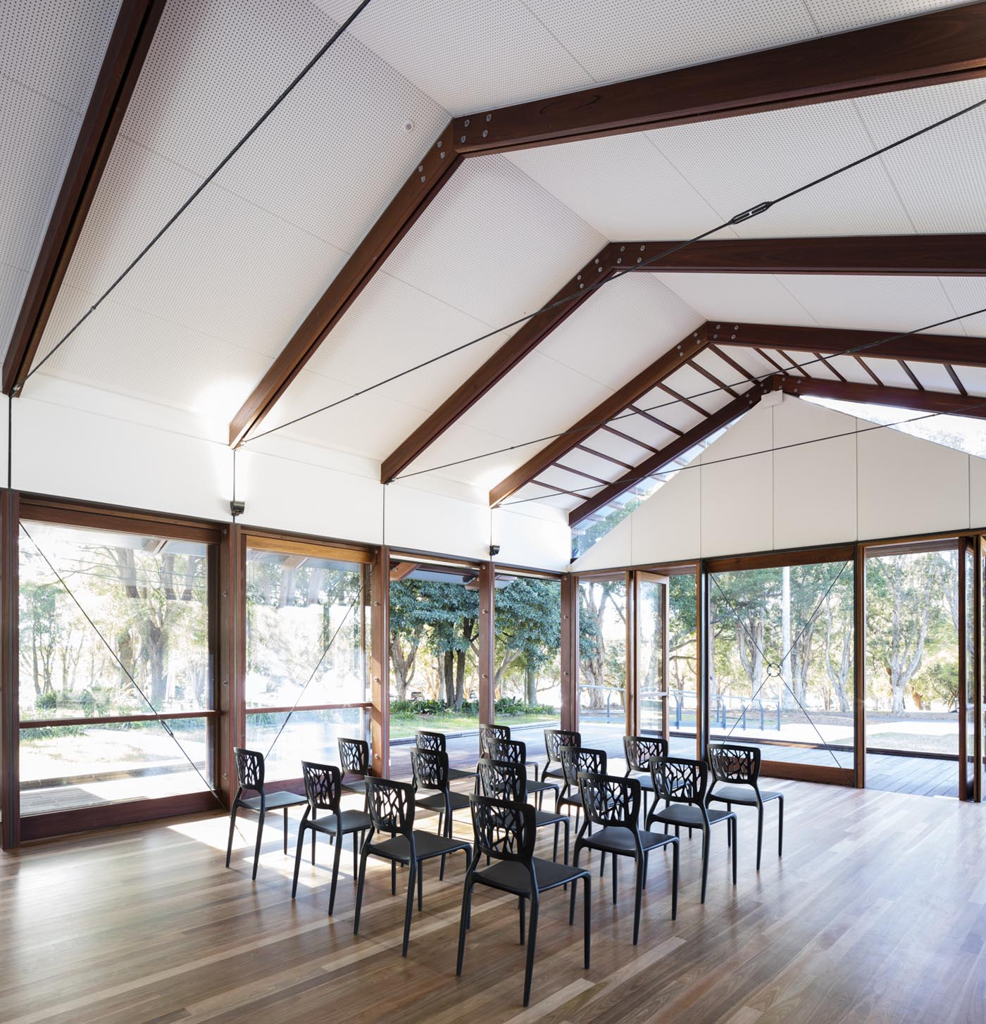 Cabarita Park Conservatory by award winning public architectural firm Sam Crawford Architects. Removable furniture allow flexible configuration of the function room.
