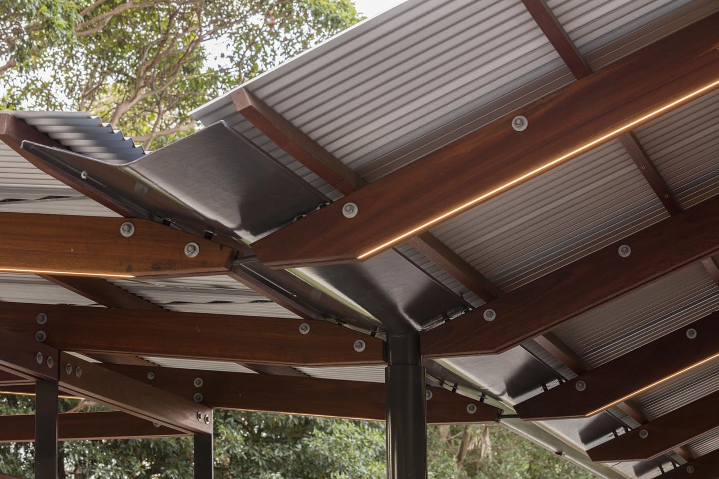 Cabarita Park Conservatory by award winning public architectural firm Sam Crawford Architects. Custom folded steel gutter detail